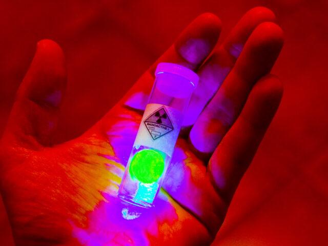 SOGNO: Radioattività e Potere